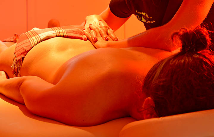 lomi_lomi_massage